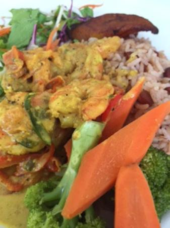 Lisa's Restaurant: Curried Shrimp