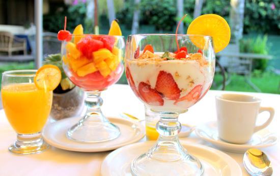 Hotel Las Magnolias : Desayuno Tropical Gratis