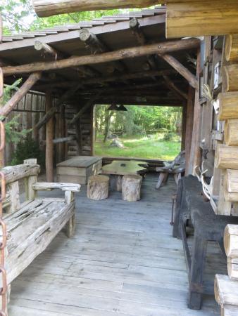 Zoo de La Flèche : extérieur du lodge