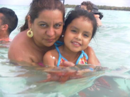 Bayahibe, Dominican Republic: piscina natural con hermosas estrellas de mar