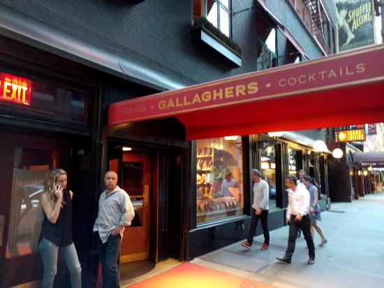 Gallagher S Steak House Entrance To New York Ny