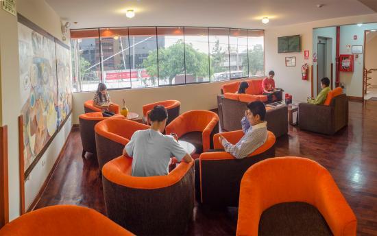 Miraflores Suites Centro: Lobby 2
