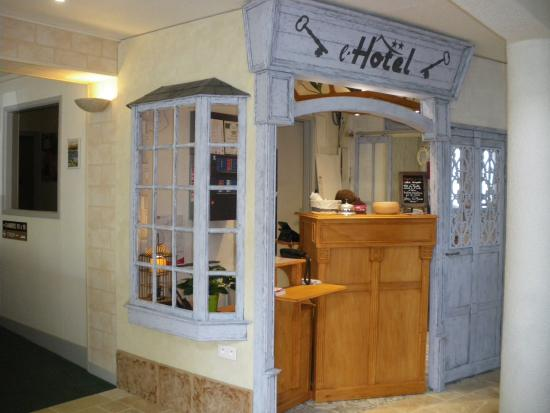 Hotel Come Inn : RECEPTION