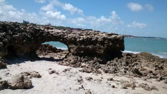 State of Paraiba: Praia dos amores, pedra furada.