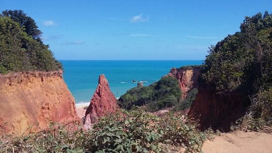 State of Paraiba: Coloração vermelha das rochas.