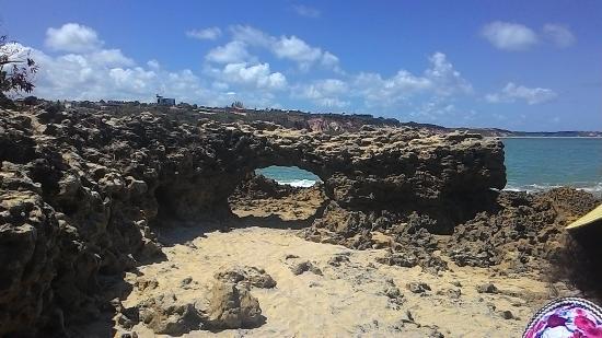 State of Paraiba: Pedra furada, praia dos amores.