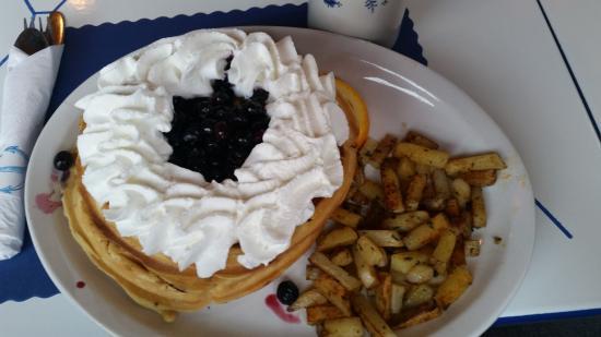 Verona Beach, estado de Nueva York: Blueberry Waffles