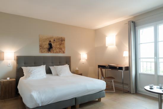 la b gude saint pierre hotel vers pont du gard france voir les tarifs et 160 avis. Black Bedroom Furniture Sets. Home Design Ideas