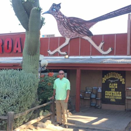 New River, AZ: At the Road Runner