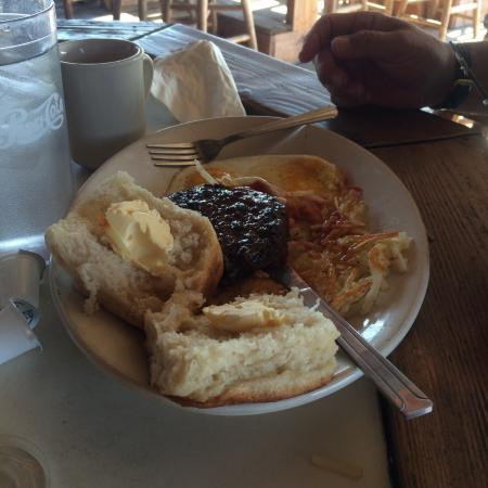 New River, AZ: Biscuits to die for!