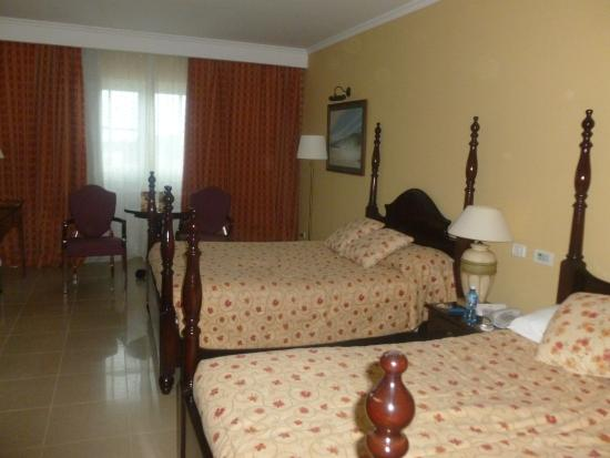 Iberostar Grand Hotel Trinidad : Spacious bedroom