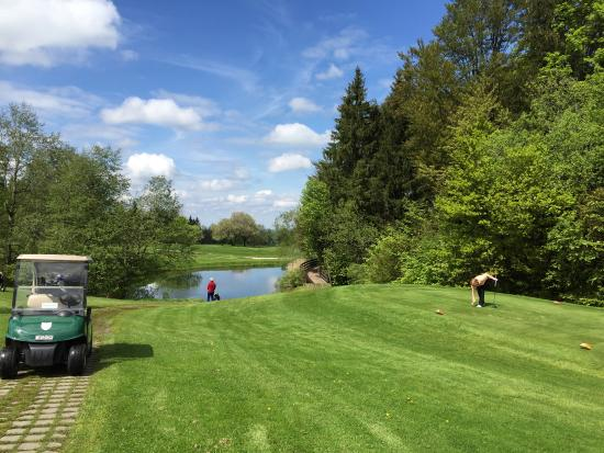 Golf & Country Club . Hotel Margarethenhof: Golfcourse hole 2