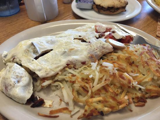 That Little Restaurant: Egg White Omelette, Mushroom, Crispy Bacon Tomatoes