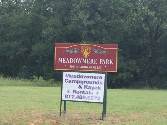Meadowmere Park: Park Entrance Sign
