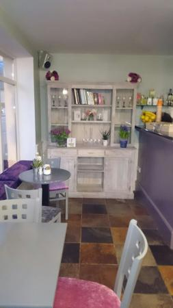 Innishannon, Irland: The ALL new Found Out cafe, under new ownership,  call in,  you'll be glad you did.. And enjoy o