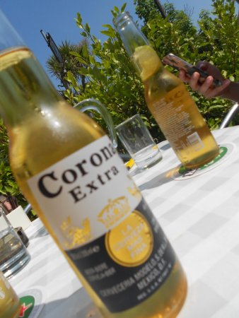 The Lobster Pot: Corona on a Summers Day