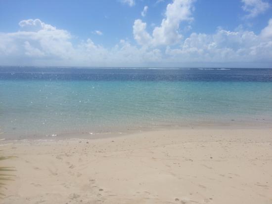 Tanu Beach Fales Image