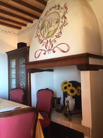 Hotel Vecchia Oliviera: Wonderful Alpine-like murals and exposed beams throughout the hotel.
