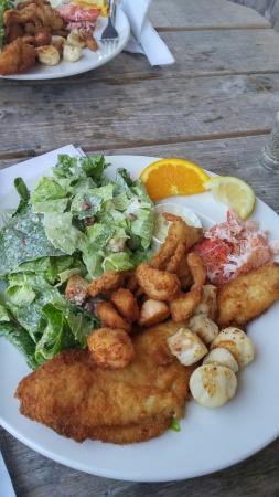 Lobster Barn Pub and Eatery 사진