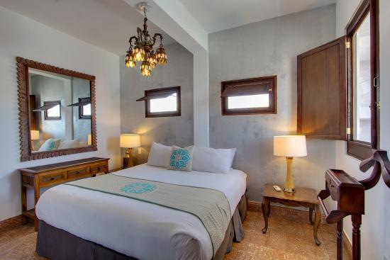 Casablanca hotel 109 1 2 4 updated 2018 prices reviews san juan puerto rico for 2 bedroom suites san juan puerto rico