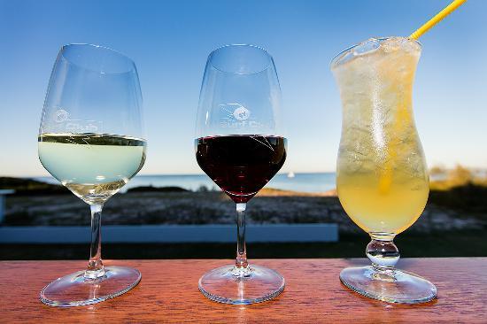 Woorim, Αυστραλία: Grabbing a quick drink...