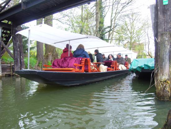 Spreewaldfahrt, Familie Goertz : 搭船遊覽