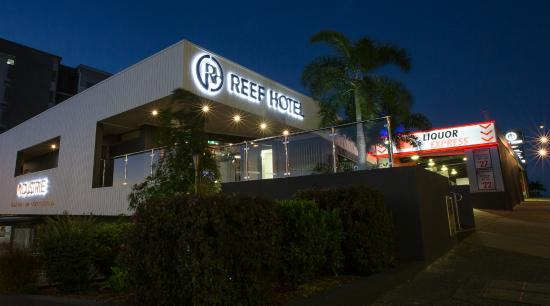 Gladstone Reef Hotel Exterior
