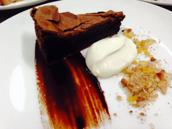Howden, Australien: Chocolate Almond Mud Cake