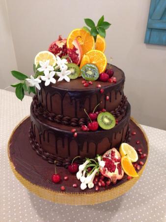 Torta Decorata Con Frutta Fresca Picture Of Tatiana