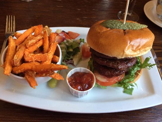 Marchwiel, UK: House Burger with change to Sweet Potato Fries
