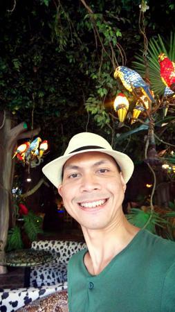 Singa - Picture of Jungle Fast Food, Batu - TripAdvisor