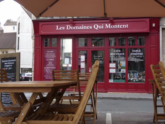 Terrasse Et Devanture Photo De Les Domaines Qui Montent
