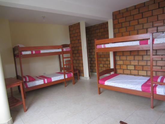 Habitacion chicas elegant dormitorios juveniles modernos - Decorar habitacion piso compartido ...