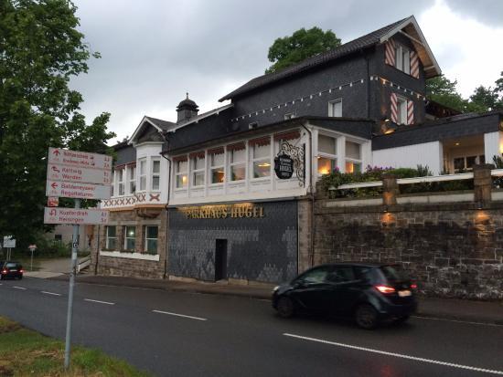 Parkhaus Huegel Hotel
