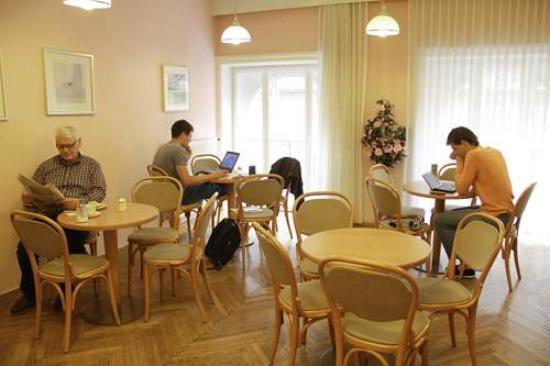 Hotel-Pension Lehrerhaus: Frühstücksraum