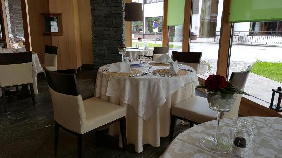 2864 Restaurant