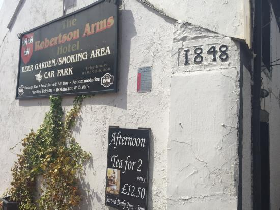 Carnwath, UK: Nice Pub and Coffee Bar