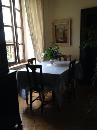 B&B Sant'Andrea: La sala della colazione