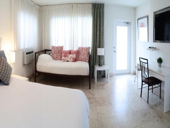 Hotel Seacrest: Coral Room Studio