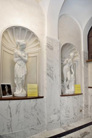 Hotel Pantheon Interior