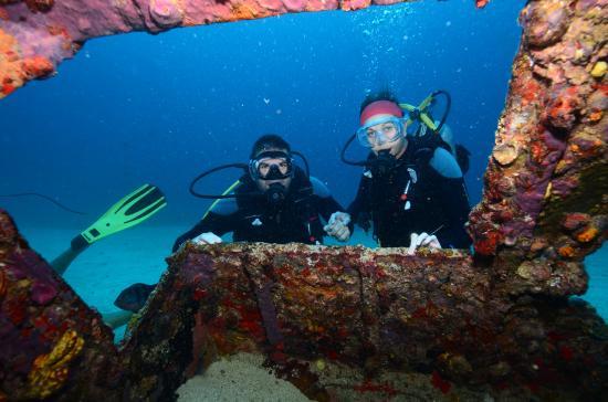 Baie de Simpson, Saint-Martin : Wreck dive
