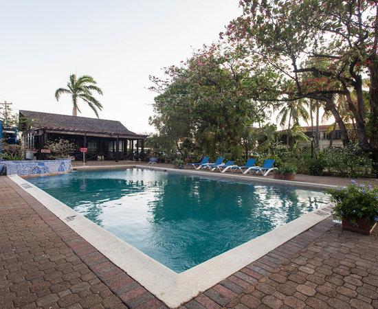 Terra Nova All Suite Hotel, Hotels in Ocho Rios