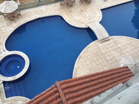 Country Inn & Suites By Carlson, Panama City, Panama: Pool are view from room balcony