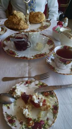 Wilton Manors, Floryda: Cream Tea for two - perfect on a Sunday afternoon