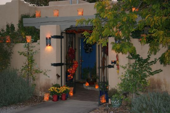 Corrales, NM: Chocolate Turtle B&B entry