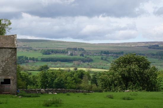 Swinithwaite, UK: View from the entrance to the Temple Farmhouse