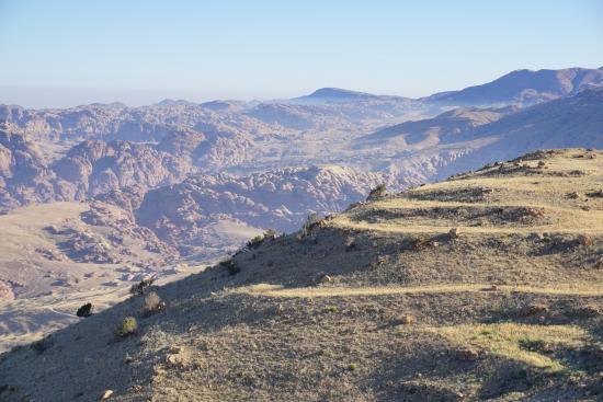 Petra Panorama Hotel : Pemandangan dari teras kamar