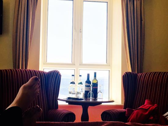 Galway Bay Hotel: We loved our stay here! Staff were all awesome from the front desk to the restaurant to the hous