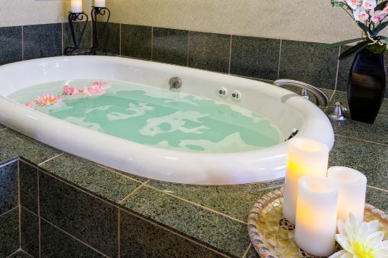Westgate Park City Resort & Spa: Serenity Spa Hot Tub