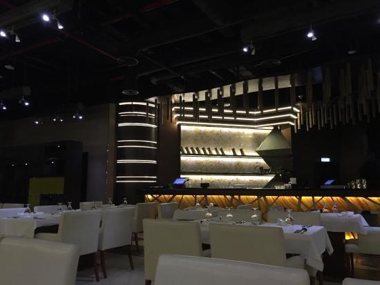 Photo2 Jpg Picture Of Kiza Restaurant And Lounge Dubai